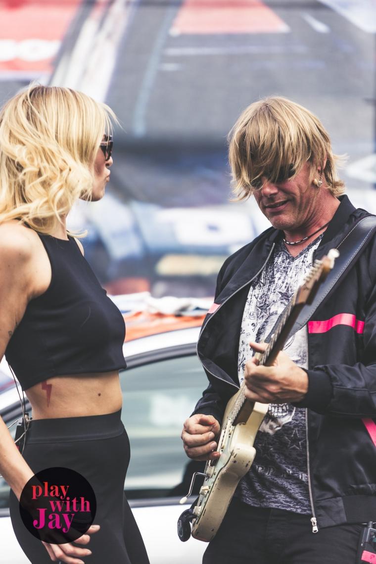 Play with Jay - Sängerin & Gitarre