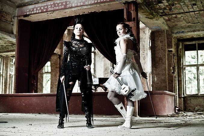 2 Dancing Angels