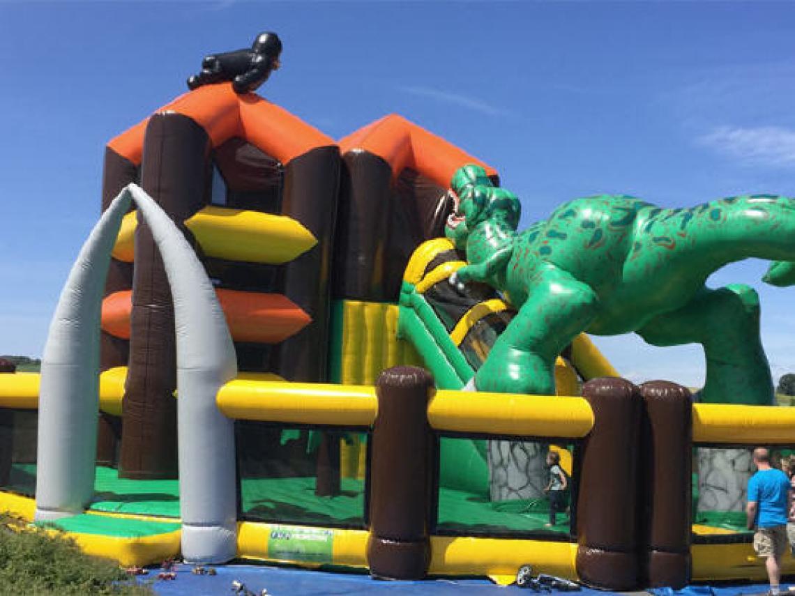 Riesenspiellandschaften Für jung und alt