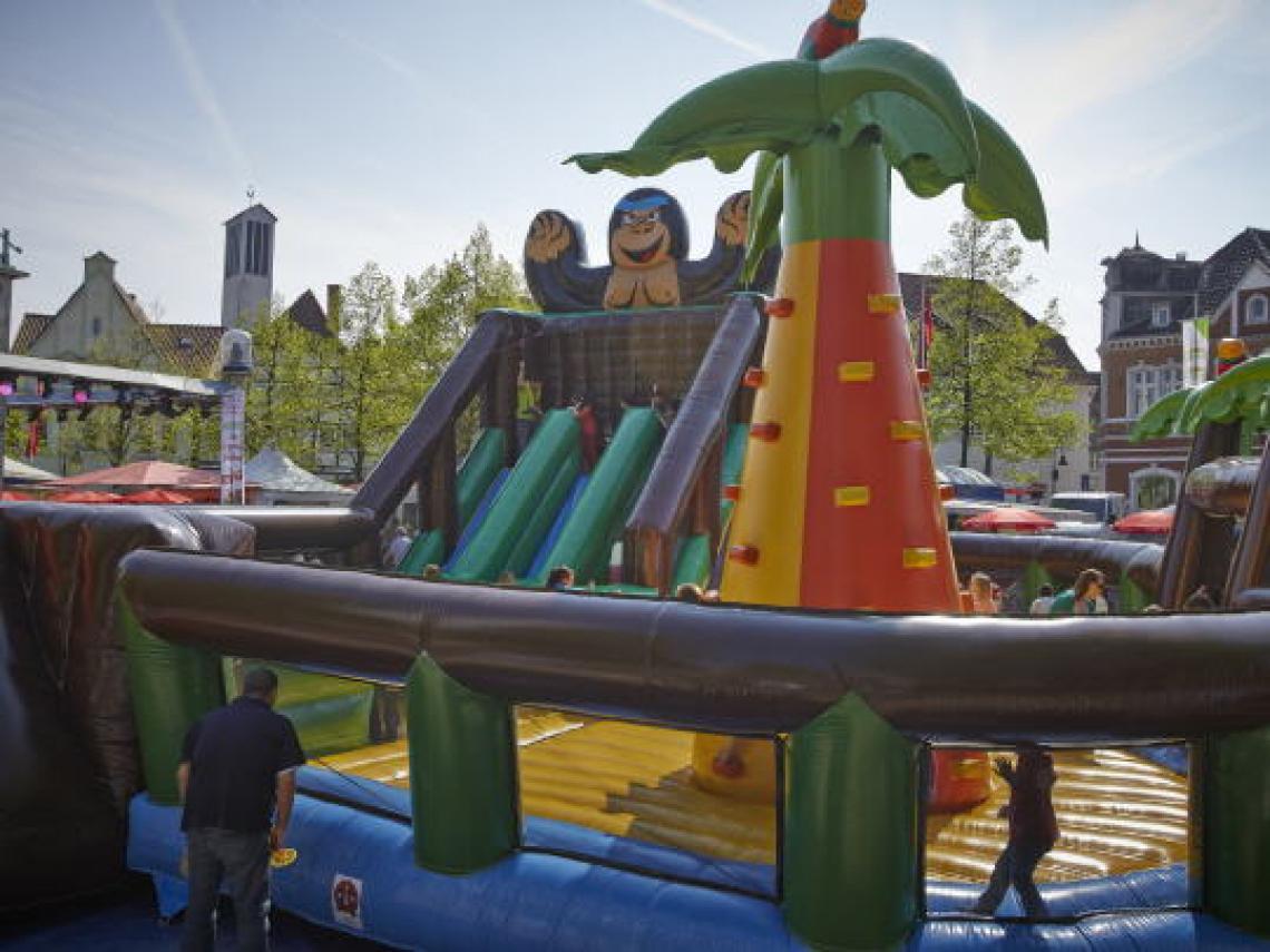 Großattraktionen Riesenspiellandschaften sorgen für strahlende Kinderaugen