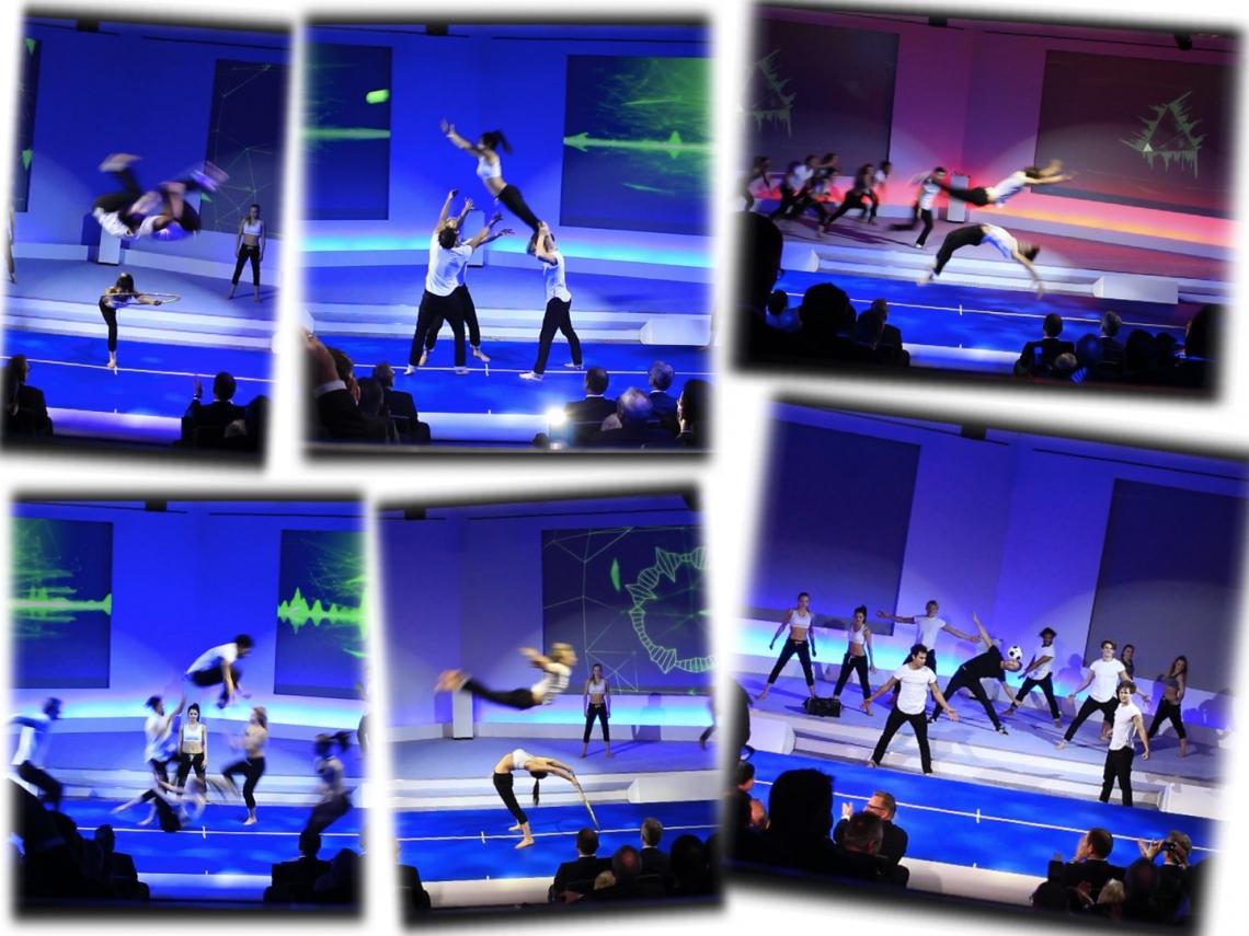 """Airtrackshow als exklusive Kundeninszenierung 10 Künstler, darunter Akrobaten, Gymnastinnen, Tänzer, Tricker und Freestyle Künstler performten diese exklusive Show zum Thema """"Teamwork"""" unter Einbindung von Bällen und exklusiven Team Tricks..."""