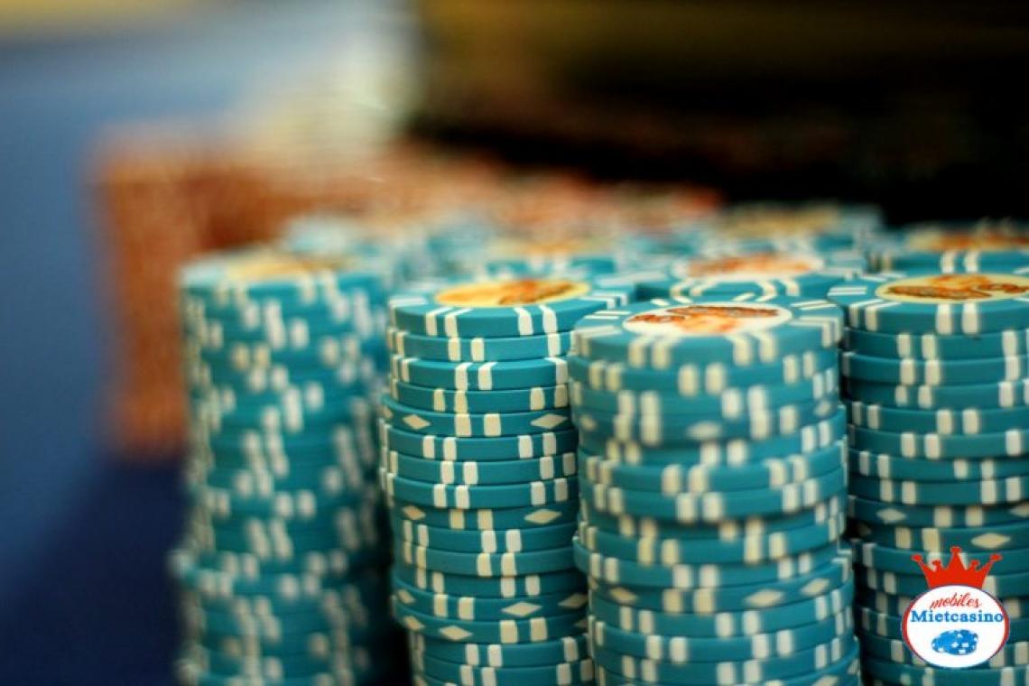 Casino Jetons Bei uns wird nur mit echten, original Casino Chips gespielt.