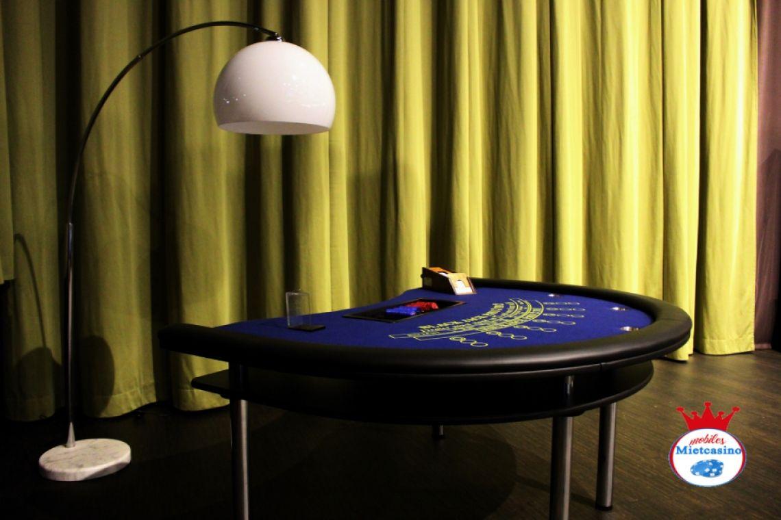 Black Jack Tisch in blau mit super Jack Gewinn bis zum 300 fachen ! Casino Black Jack Tisch mit 3 Boxen für 7 Spieler -21 Spieler mit Beleuchtung Bogenlampe.