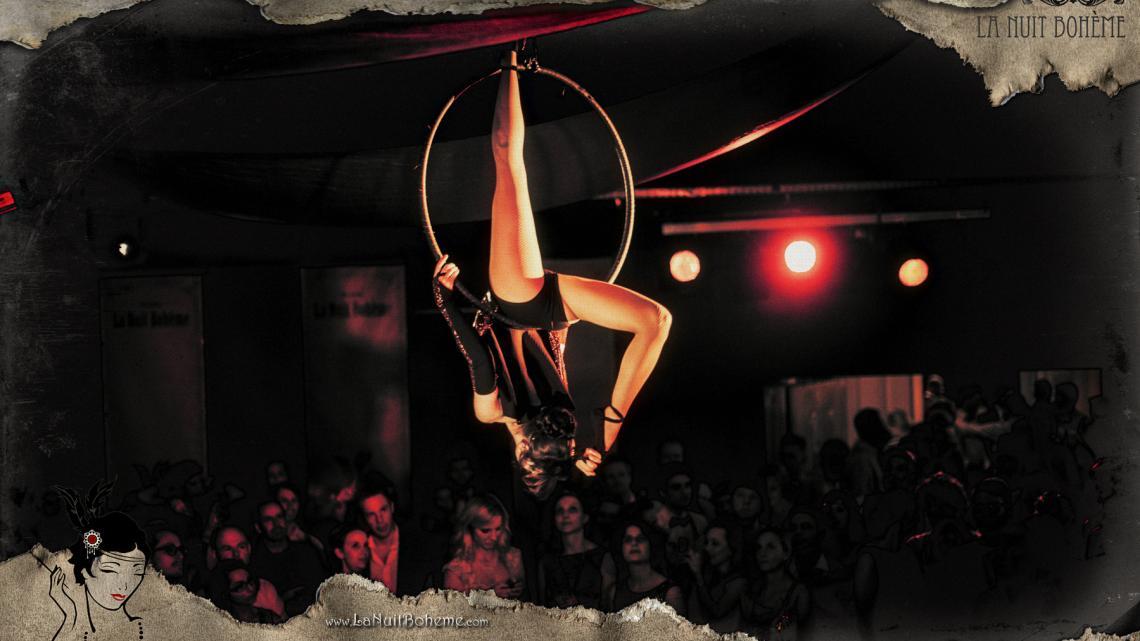 Luftring Akrobatik Show im Luftring