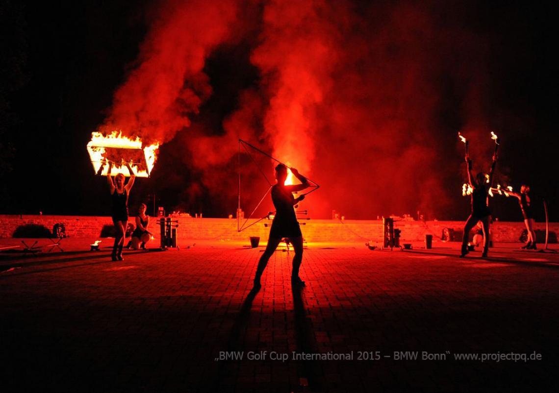 Feuershow BMW Feuershow für den BMW Golfcup