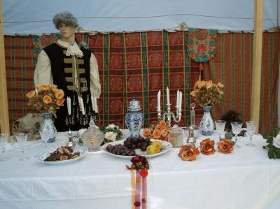 Tafelfreuden zum Schlossfest galante Feste im Schloß - hier finden Sie dazu Dekorationen, Zelte oder Pavillon