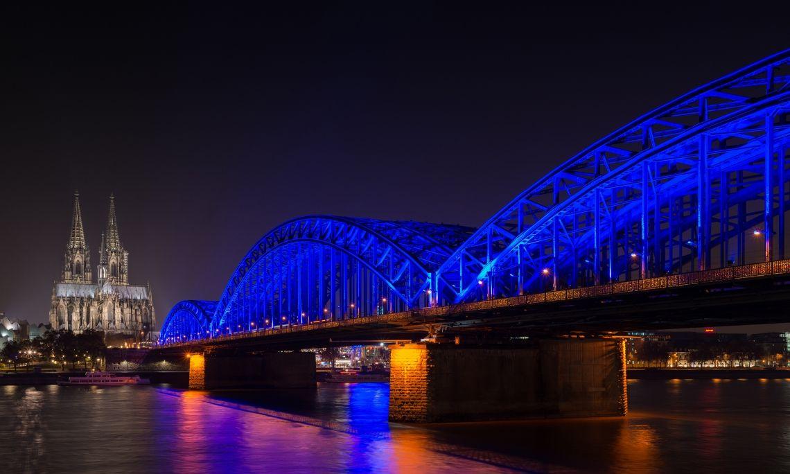 Weltdiabetestag 2016, Hohenzollernbrücke Köln