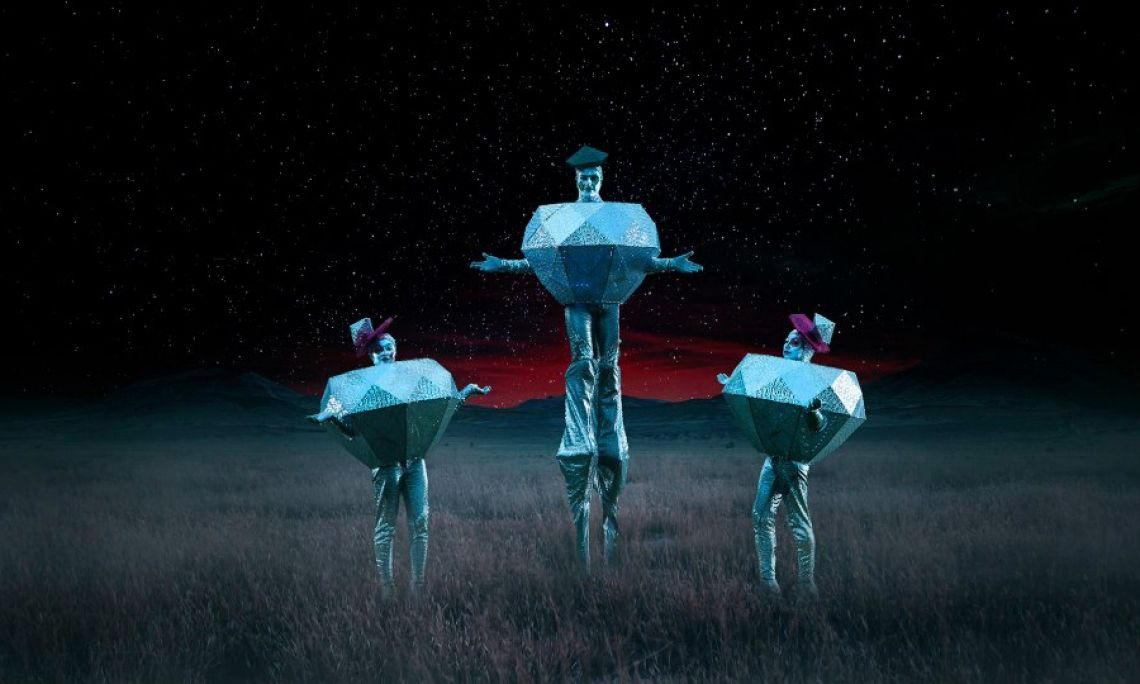 """Diamanten Trio Stelzen- & Boden Walkacts """"Diamonds"""" (illuminiert, auf Wunsch mit festen oder wechselnden Farben)"""