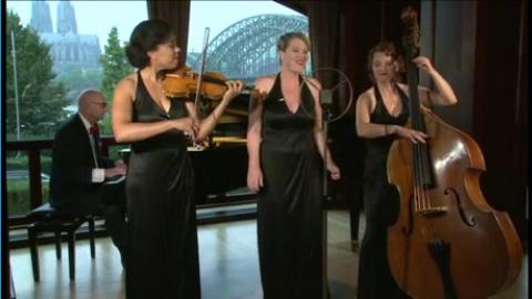 Video: die schmonzetten kaj:kaj - musik in variation