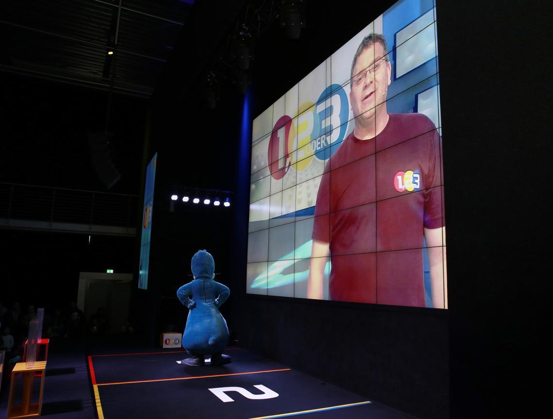 1, 2 oder 3-Spielshow mit Grußwort von Elton Premium-Version mit Videogruß von Elton