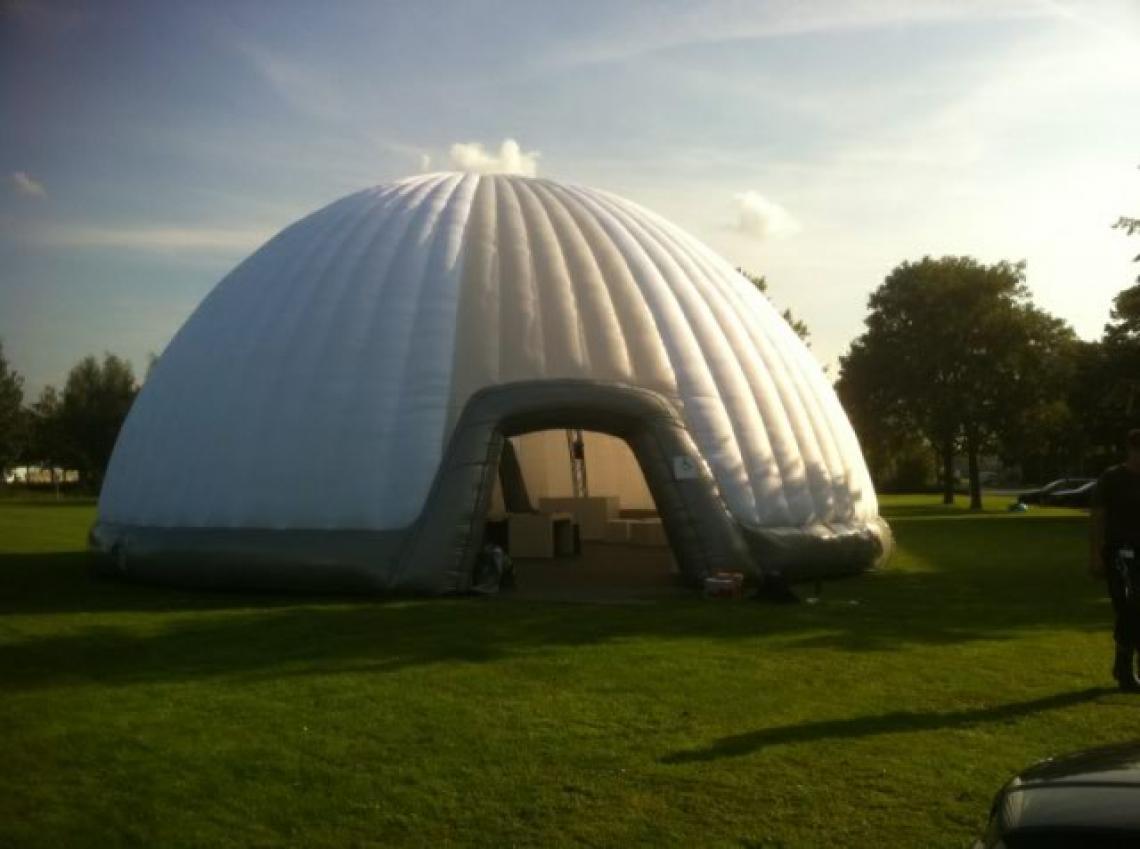 Airdome doppelwandige Airdomes in Kuppelform oder beliebigen Freiformen komplett mit Baudokumentation, Baubuch.