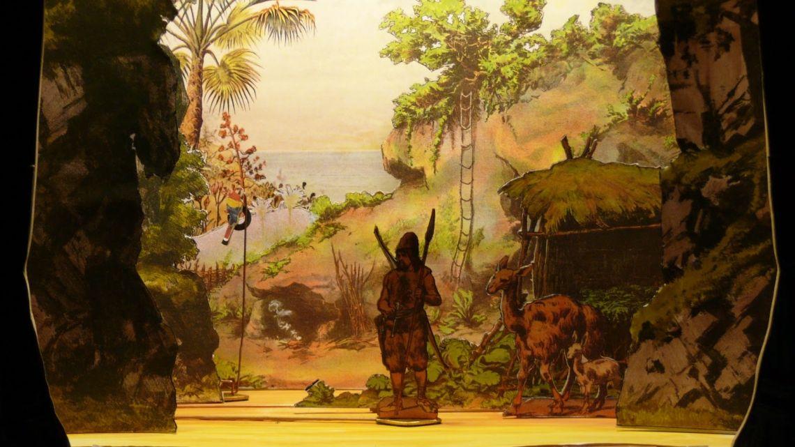 Robinson Crusoe während der Probe zu dem gleichnamigen Papiertheater-Schauspiel