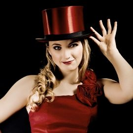 Zauberkünstlerin Miss Edith by Rosani Entertainment