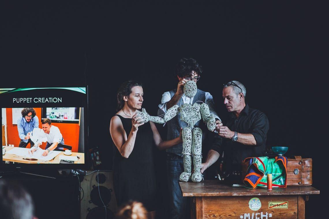 Bunraku Puppetry meets Team-Inspiration