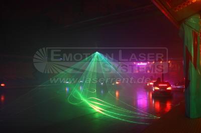 Rummelplatz Selbst traditionelle Fahrgeschäfte wie ein Autoscooter können von uns mit modernster Lasertechnik in Szene gesetzt werden.