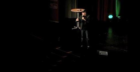 Video: Lichtburg mit John Doyle
