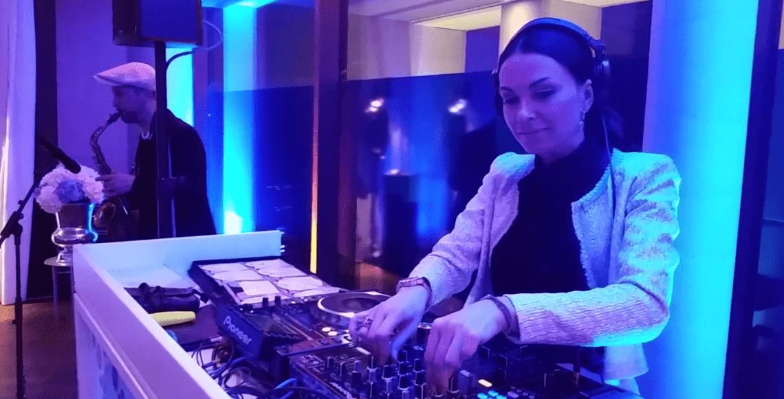DJ plus Sax