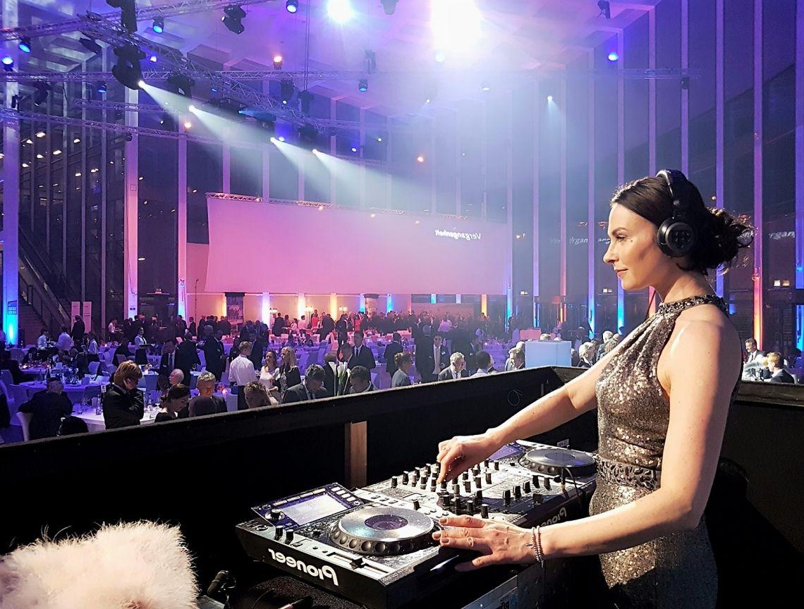 Gala Dinnder & Lounge Music