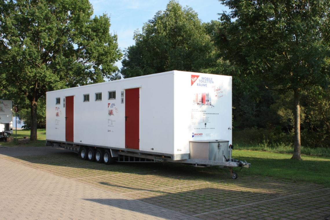 Mobile Toilettenräume 10,5 m