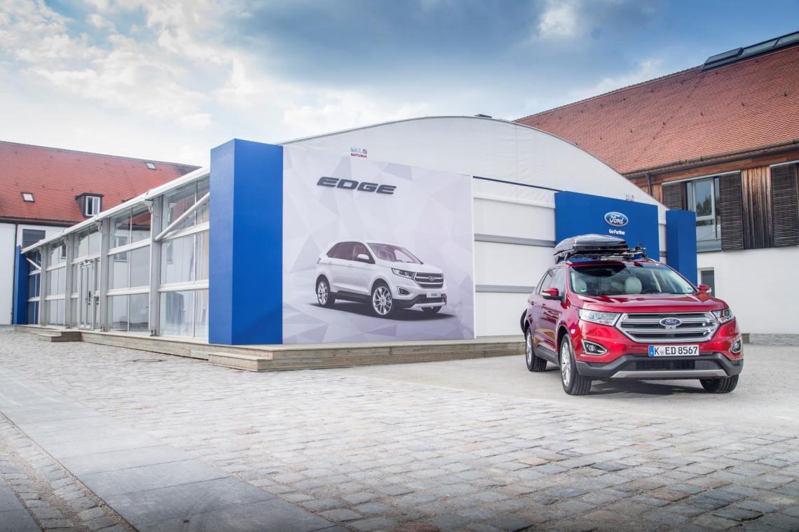 Neptunus im Fahrersitz bei Auto-Events in Bayern