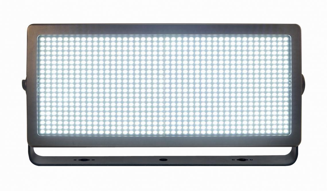 GEMCO investiert in LED-Washlights, Akku-Lautsprecher und Schwerlaststative