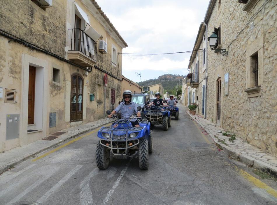 Ellen Kamrad begeistert mit Quad-Tour als Firmenevent auf Mallorca