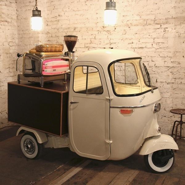 Mobiles Kaffee-Catering mit dem Kaffeemobil von HEY! Coffee