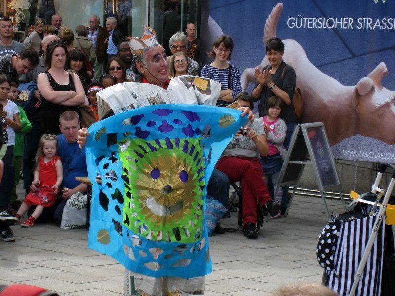 "Ausschreibung: 14. Straßenkünstler-Festival ""Gütersloher Straßenfiffi"""