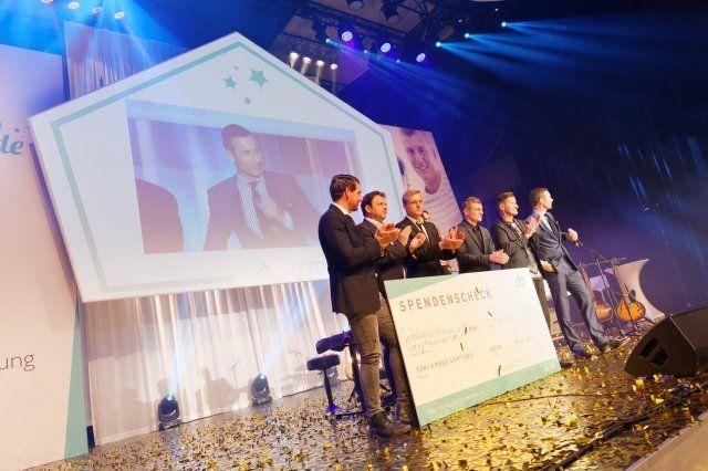 Toni Kroos Stiftungsgala mit Technik von Light Event Veranstaltungstechnik GmbH