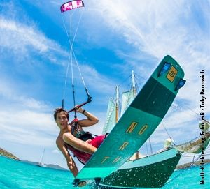 13. INA Award: STAGG&FRIENDS und North Kiteboarding briefen
