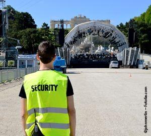 Deutsche Sicherheitskonferenz: R.I.F.E.L.-Studie zeigt Trend