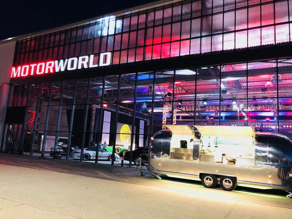 NETWORKING AM RHEIN in der MOTORWORLD Köln | Rheinland