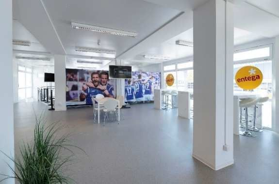 Sportliche Leistung: Komplette Montage in nur einer Woche Mobile VIP-Lounge beim SV Darmstadt 98