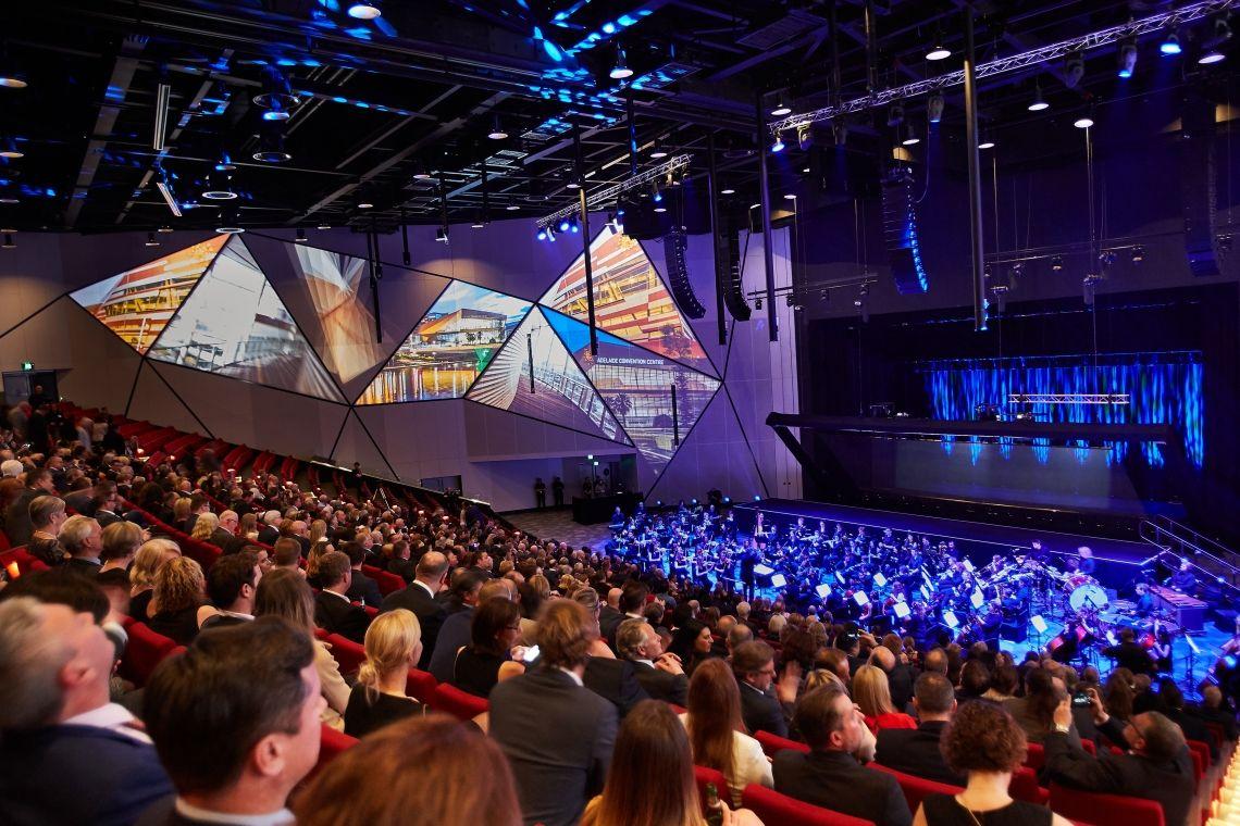 Adelaide Convention Centre vollendet Modernisierungsprojekt mit skalierbarem Riedel-Backbone