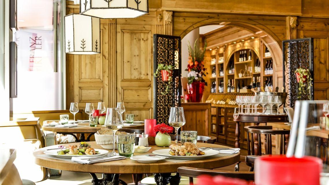 Auszeichnung für das Weingut Franz Keller - Partner in der Weinwirtschaft des Althoff Hotels am Schlossgarten