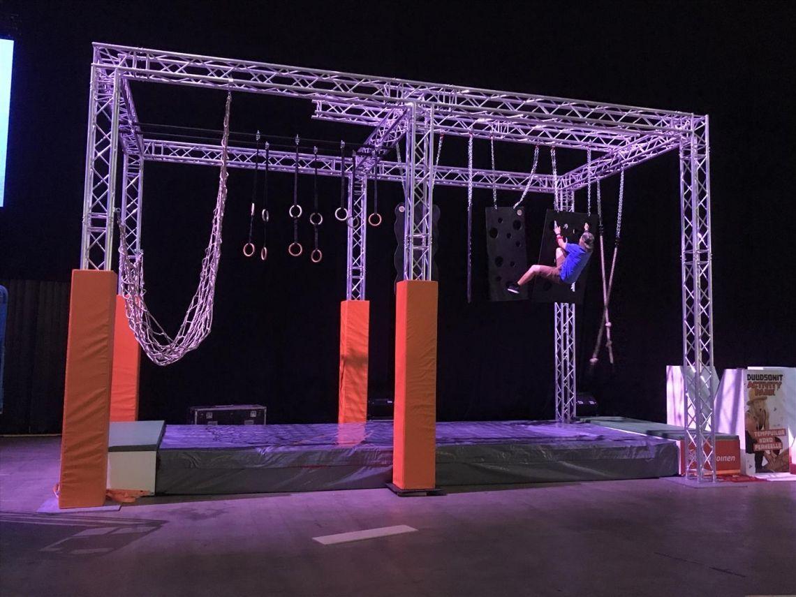 MILOS lässt Ninja-Athleten in Helsinki schwitzen