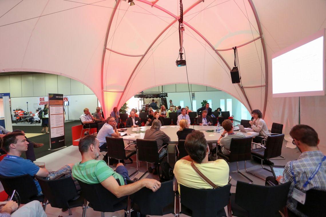Stage|Set|Scenery kooperiert mit Branchenverband für Veranstaltungsplaner