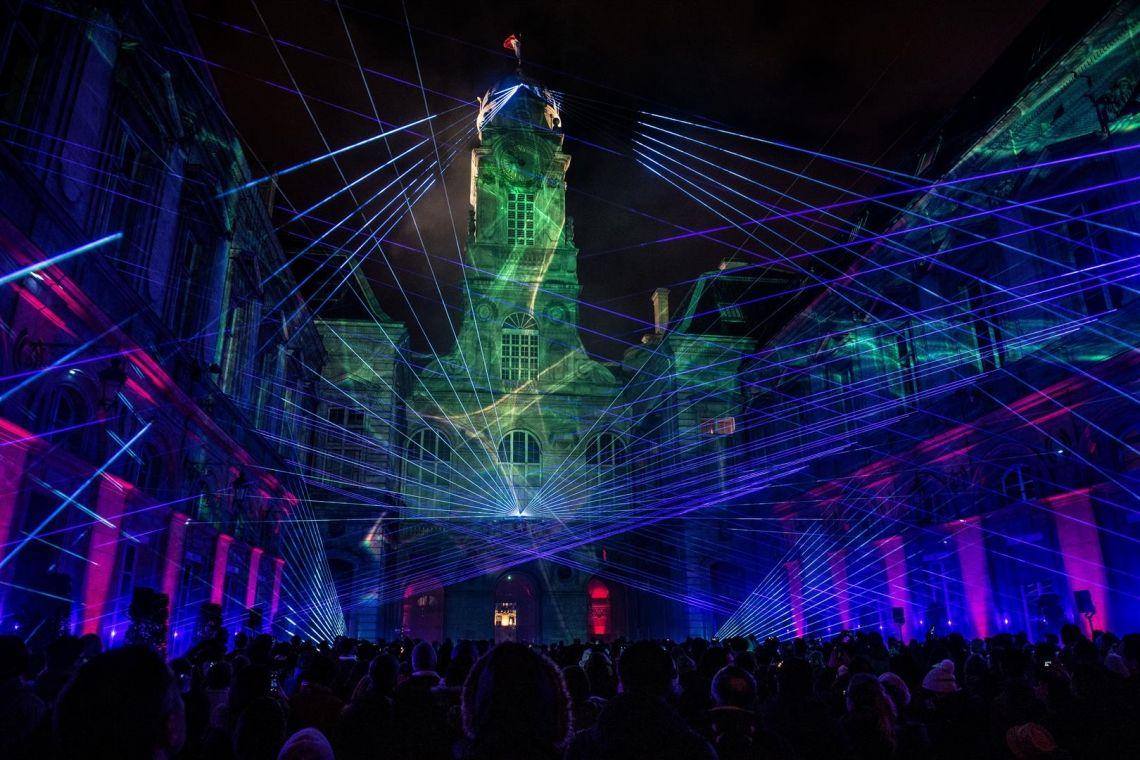 """tarm Showlaser begeistert mit der Laserperformance TRICOLORE auf dem Lichterfest """"Fête des Lumières 2018"""" in Lyon"""