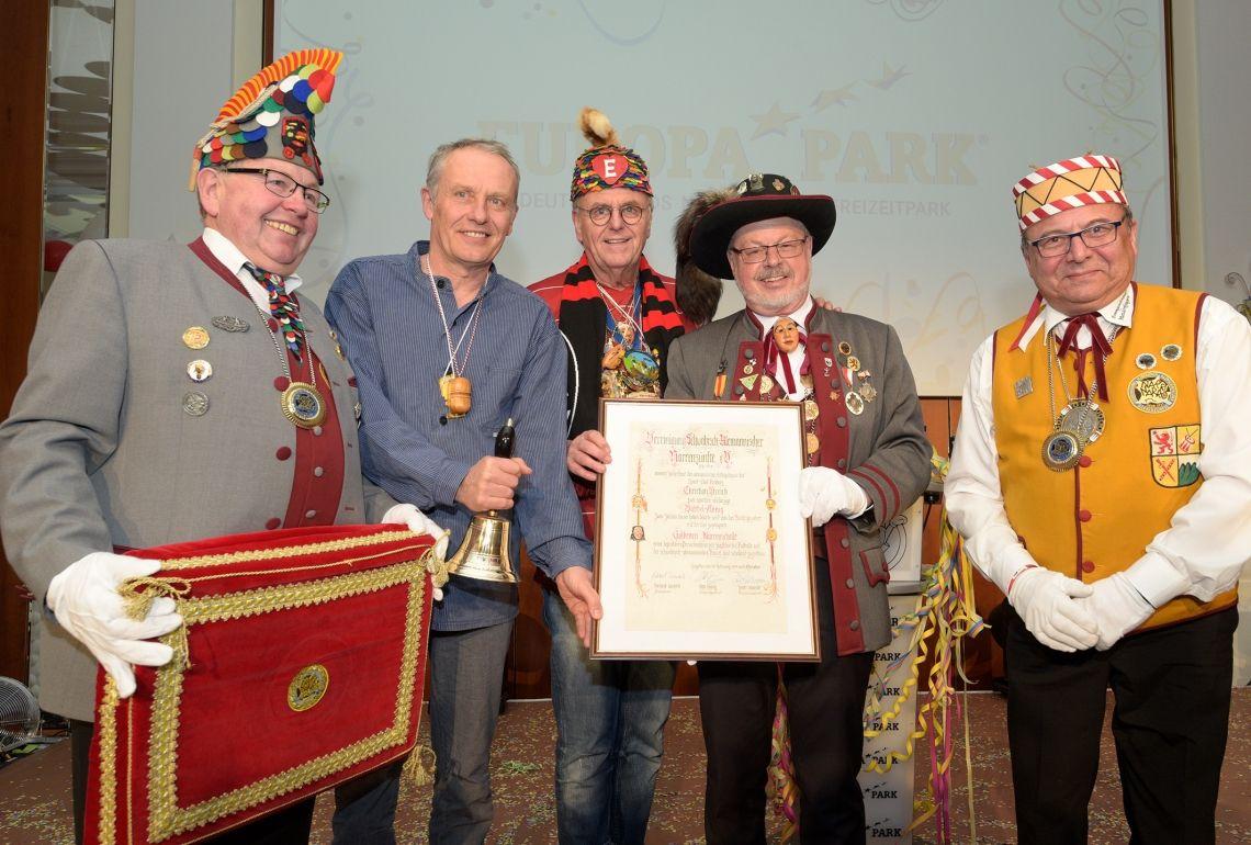 Christian Streich erhält Goldenen Narrenschelle im Europa-Park