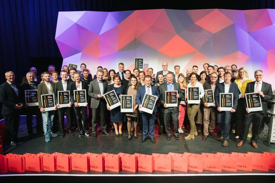 Siegerehrung des achten FOCUS-Weintests: Winzer-Elite gibt sich im Europa-Park die Ehre