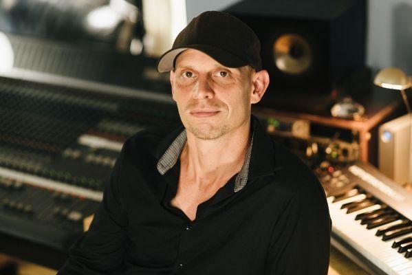 Berlin Show Orchester mit Schiller auf Platz 1 der Charts