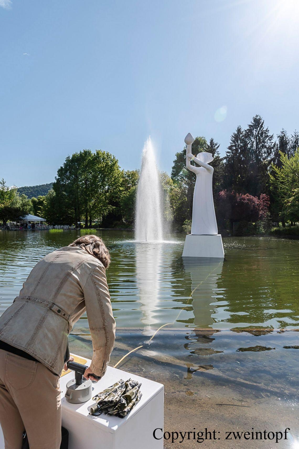 Aufblasbare Statue / Kunstprojekt