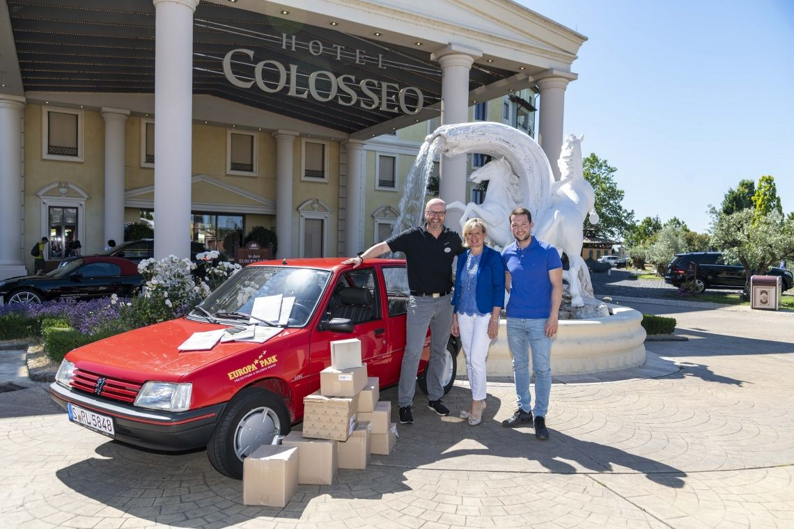 Europa-Park unterstützt grenzüberschreitende Charity-Rallye: 10.000 Kilometer von West nach Ost im Peugeot 205