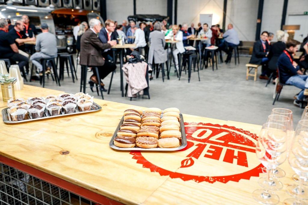 170 Gäste aus Politik und Wirtschaft am Tag der offenen Tür bei Helot in Dormagen