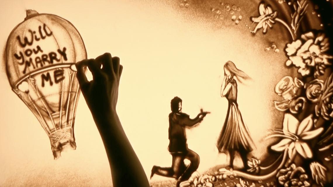 Die HOCHZEITS-SAISON  beginnt…mit der Sand Malerei Show