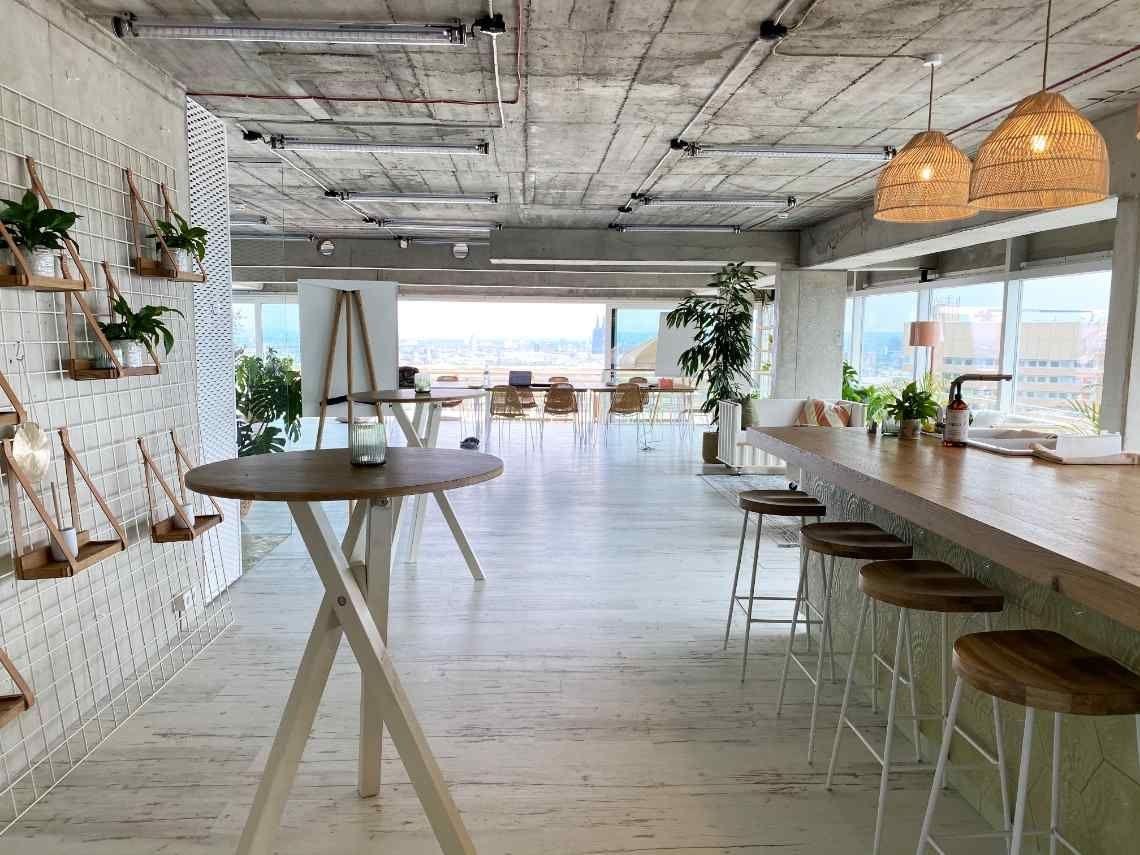 Tagungen und Kreativ-Meetings über den Dächern von Köln