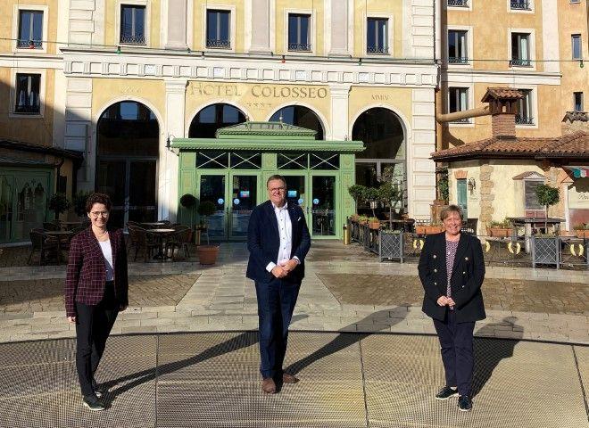 Kultusministerin Eisenmann informiert sich im Europa-Park
