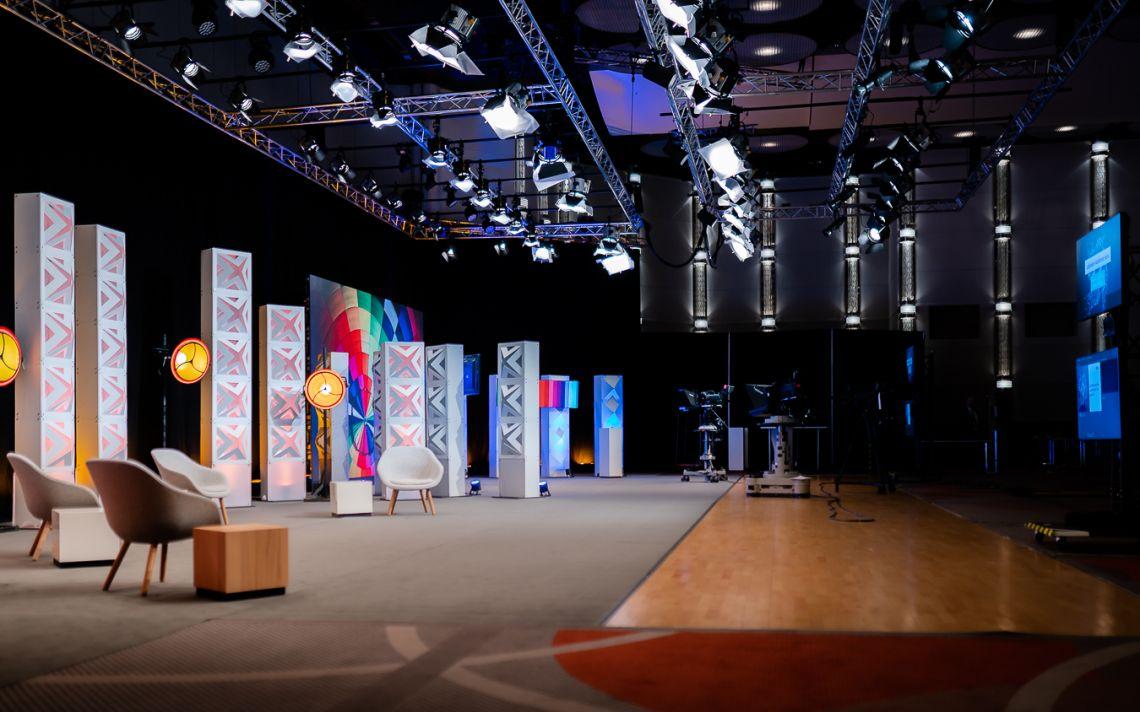 satis&fy eröffnet weiteres Streaming-Studio in Düsseldorf