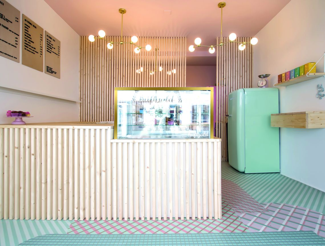 Ein Unikat dank FOTOBODEN™ – süßes Konzept für Cupcake-Laden