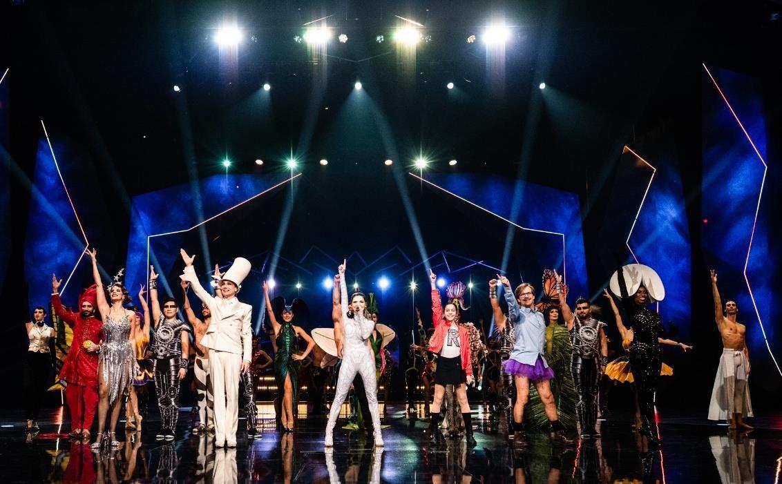 """""""Goodbye VIVID"""": Friedrichstadt-Palast Berlin verabschiedet erfolgreiche VIVID Grand Show mit virtuellem Abschieds-Event"""